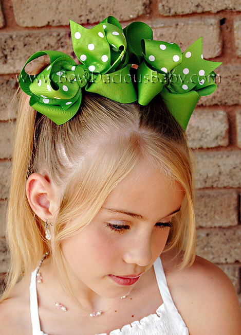 *Loopie Chic Boutique Hair Bows in Solid and Polka Knot Center, Color Choices
