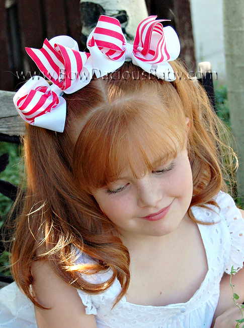 *Loopie Chic Boutique Hair Bows in Solid and Stripes Plain Center, Color Choices