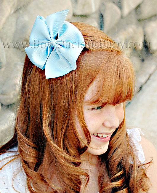 2 1/4 Traditional Hair Bows Plain Center, Color Choices